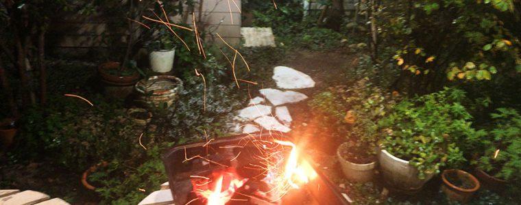 お庭でバーベキュー